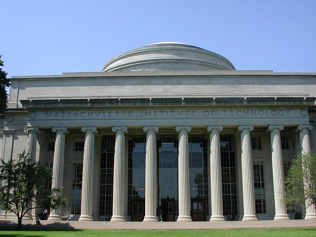 Massachusets Institute of Technology